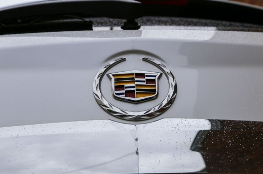 review reviews luxury reports left suv cadillac consumer